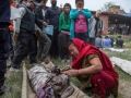 EARTHQUAKE IN NEPAL CROSS 4000 DEATH TOLL 8.jpg