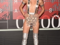 MILEY-CYRUS-RULE-MTV-VIDEO-MUSIC-AWARDS-PIC-011