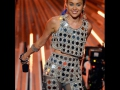 MILEY-CYRUS-RULE-MTV-VIDEO-MUSIC-AWARDS-PIC-019