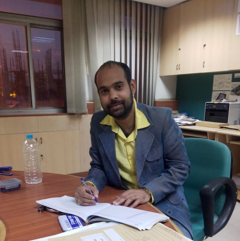 Manish Kumar as Ballistic Expert