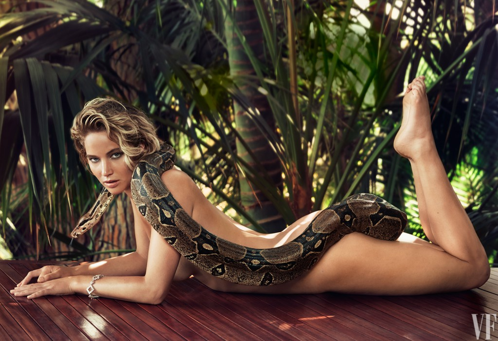 Jennifer Lawrence was Naked during Photo shoot
