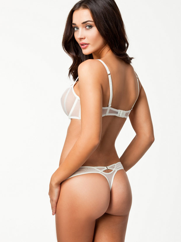hot amy jackson bikini photo shoot24x7review