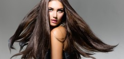 HOMEMADE REMEDIES FOR STRONG AND GROWING HAIR