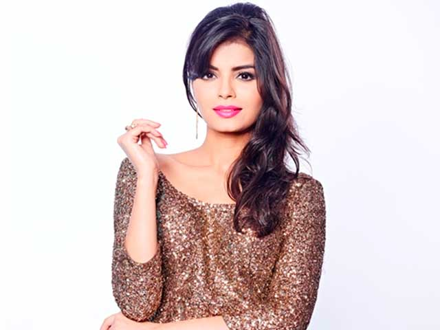 Kingfisher Calendar Girls turned actresses: SONALI RAUT