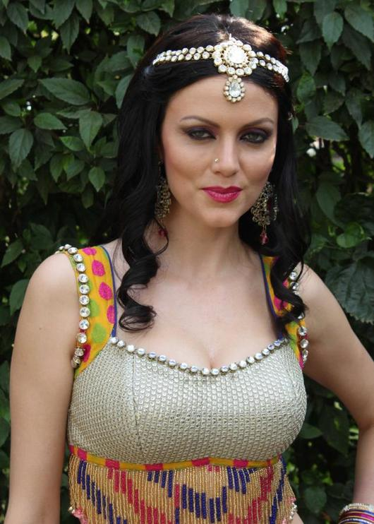 Kingfisher Calendar Girls turned actresses: YANA GUPTA