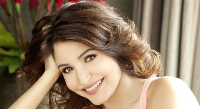 Anushka Sharma Features on Elle October Cover Page