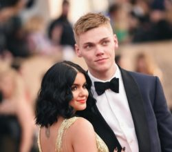 Ariel winter move in with her boyfriend Levi Meaden